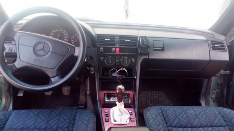 Dezmembrez Mercedes C180 - Poza 2