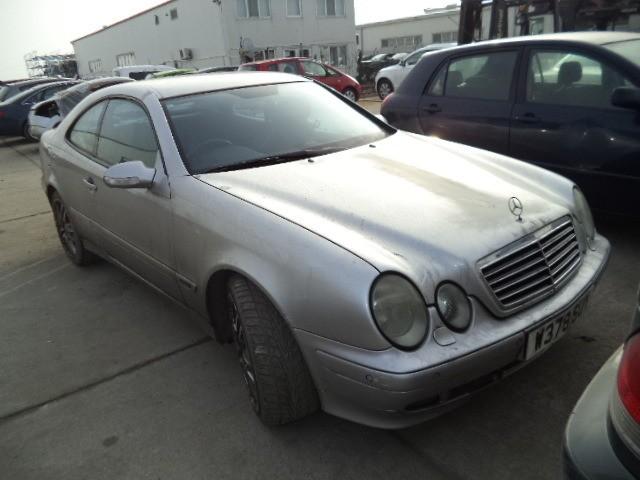 Dezmembrez Mercedes CLK - Poza 2