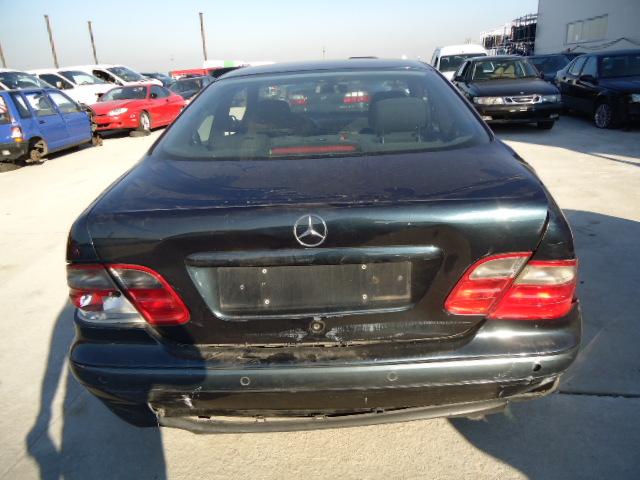 Dezmembrez Mercedes CLK 2002 Diesel Coupe - 30 Octombrie 2011 - Poza 4
