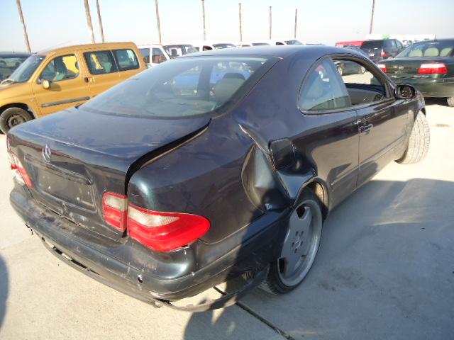 Dezmembrez Mercedes CLK 2002 Diesel Coupe - 30 Octombrie 2011 - Poza 2