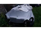 Dezmembrez Mercedes E200
