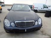 Dezmembrez Mercedes E220