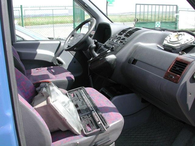 Dezmembrez Mercedes Vito 1998 Diesel Monovolum - 16 Iunie 2012 - Poza 3
