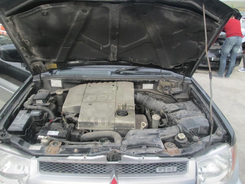 Dezmembrez Mitsubishi Pajero-Pinin - Poza 4