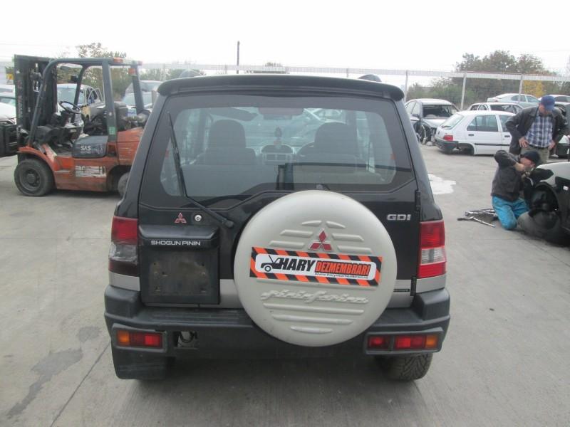 Dezmembrez Mitsubishi Pajero-Pinin - Poza 1