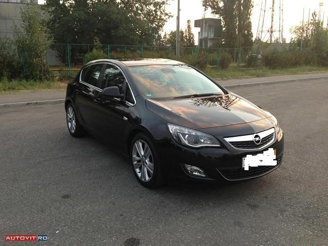 Dezmembrez Opel Astra-H - Poza 4