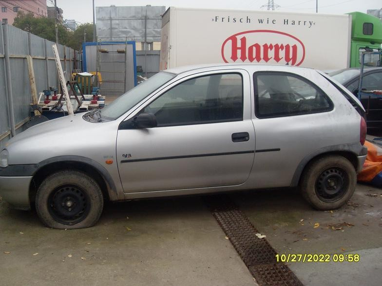 Dezmembrez Opel Corsa-B - Poza 1
