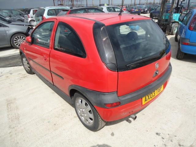 Dezmembrez Opel Corsa-B - Poza 3