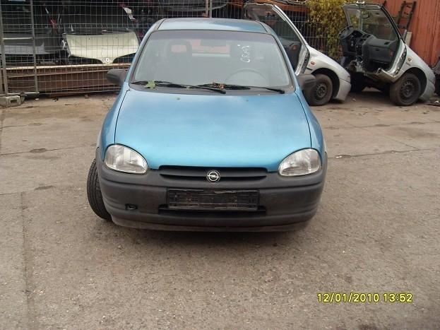 Dezmembrez Opel Corsa-B - Poza 2
