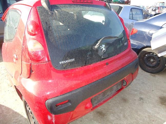 Dezmembrez Peugeot 107 2006 Benzina Coupe - 16 Octombrie 2011 - Poza 3