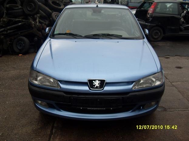 Dezmembrez Peugeot 306 2001 Benzina Coupe - 16 Octombrie 2011 - Poza 4