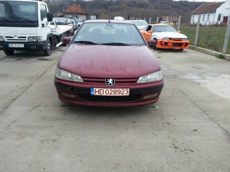 Dezmembrez Peugeot 406 - Poza 1