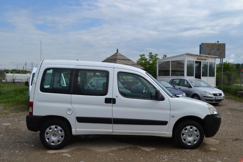 Dezmembrez Peugeot Partner - Poza 1
