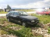 Dezmembrez Renault 19