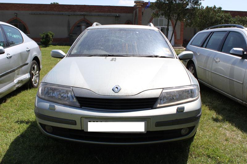 Dezmembrez Renault Laguna 2 din anul 2003, motor, cutie, orice piesa, accesorii, elemente caroserie, etc Renault Laguna-II - 05 Mai 2011 - Poza 1