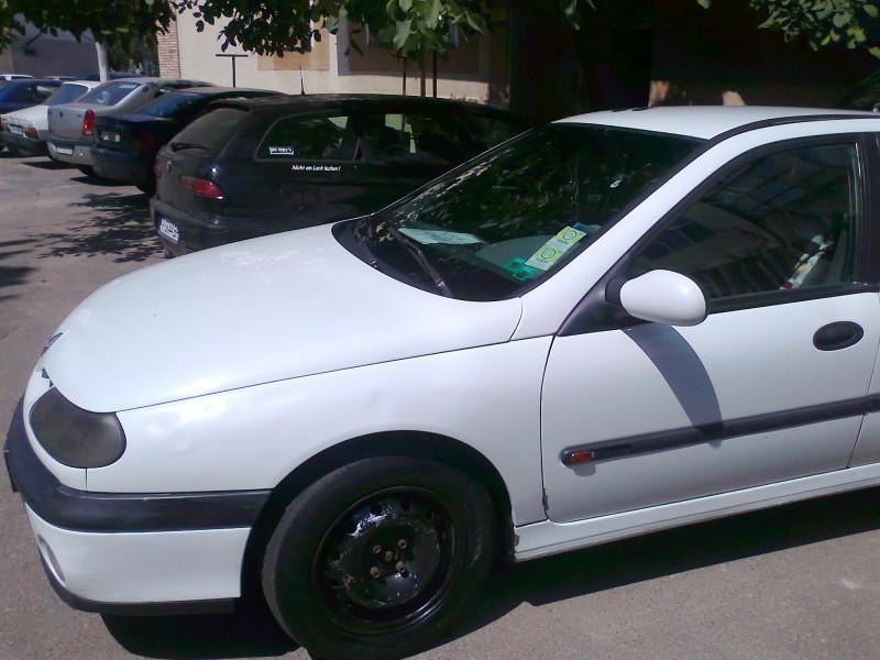 Dezmembrez Renault Laguna-I - Poza 3