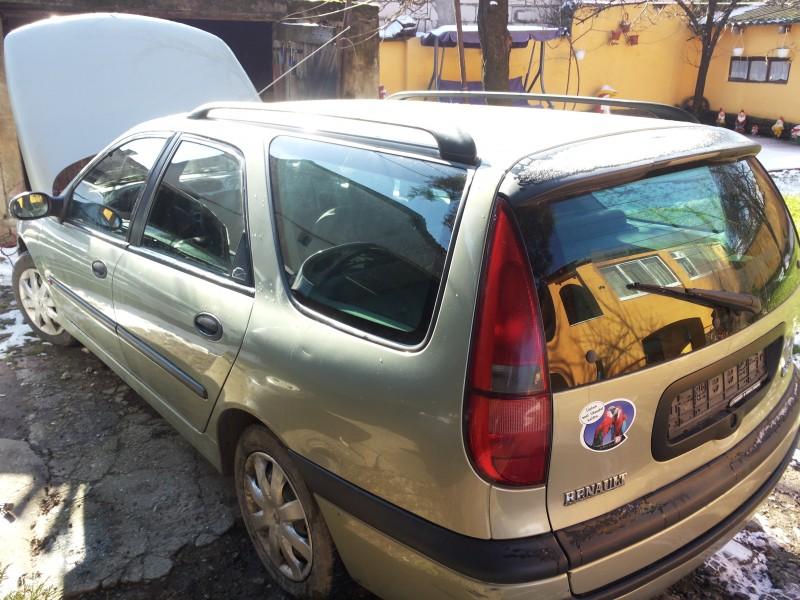 Dezmembrez Renault Laguna-I - Poza 2