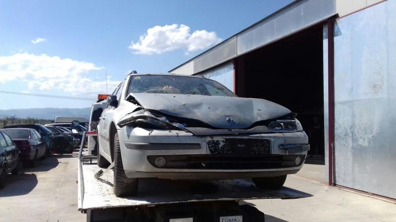 Dezmembrez Renault Laguna-II - Poza 2