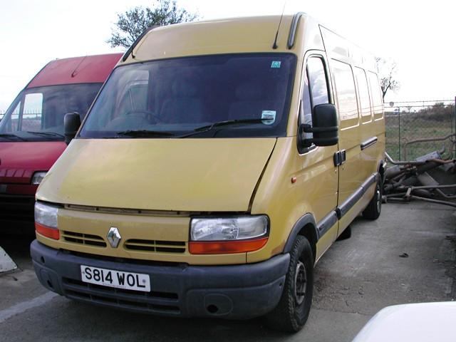 Dezmembrez Renault Master 2001 Diesel VAN - 28 Decembrie 2012 - Poza 1