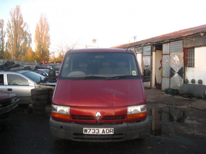 Dezmembrez Renault Master - Poza 1