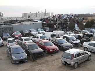 Dezmembrez Renault Megane 2005 Diesel Berlina - 31 Martie 2012 - Poza 2