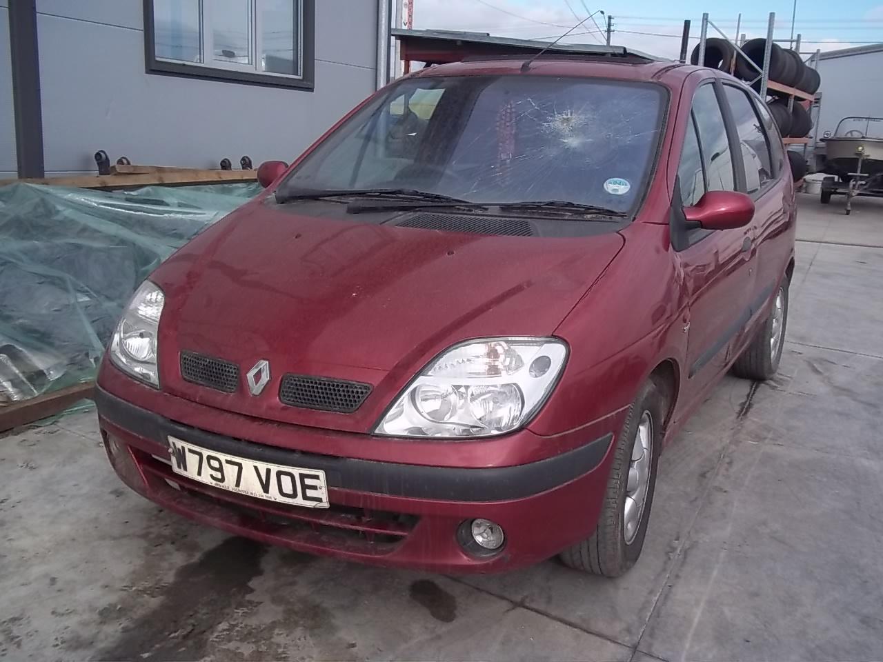Dezmembrez Renault Scenic 2001 Benzina Hatchback - 04 Ianuarie 2013 - Poza 3