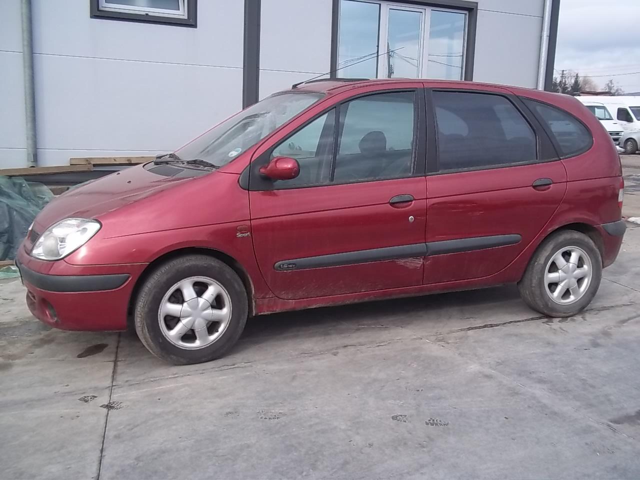 Dezmembrez Renault Scenic 2001 Benzina Hatchback - 04 Ianuarie 2013 - Poza 2