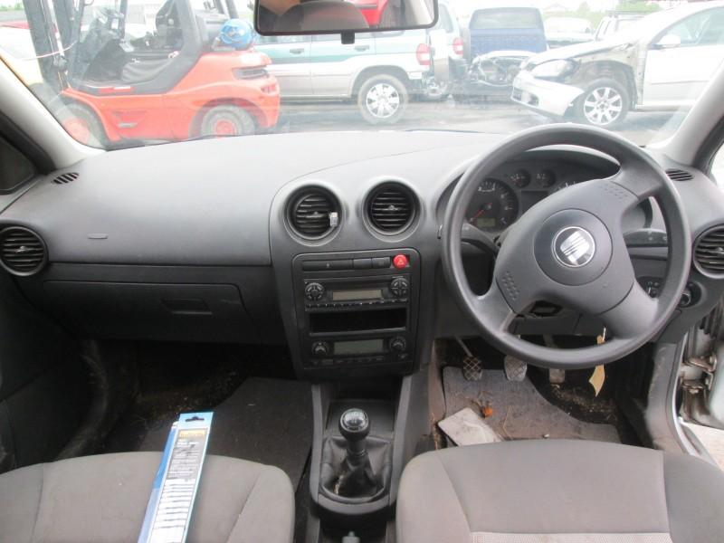 Dezmembrez Seat Ibiza - Poza 2
