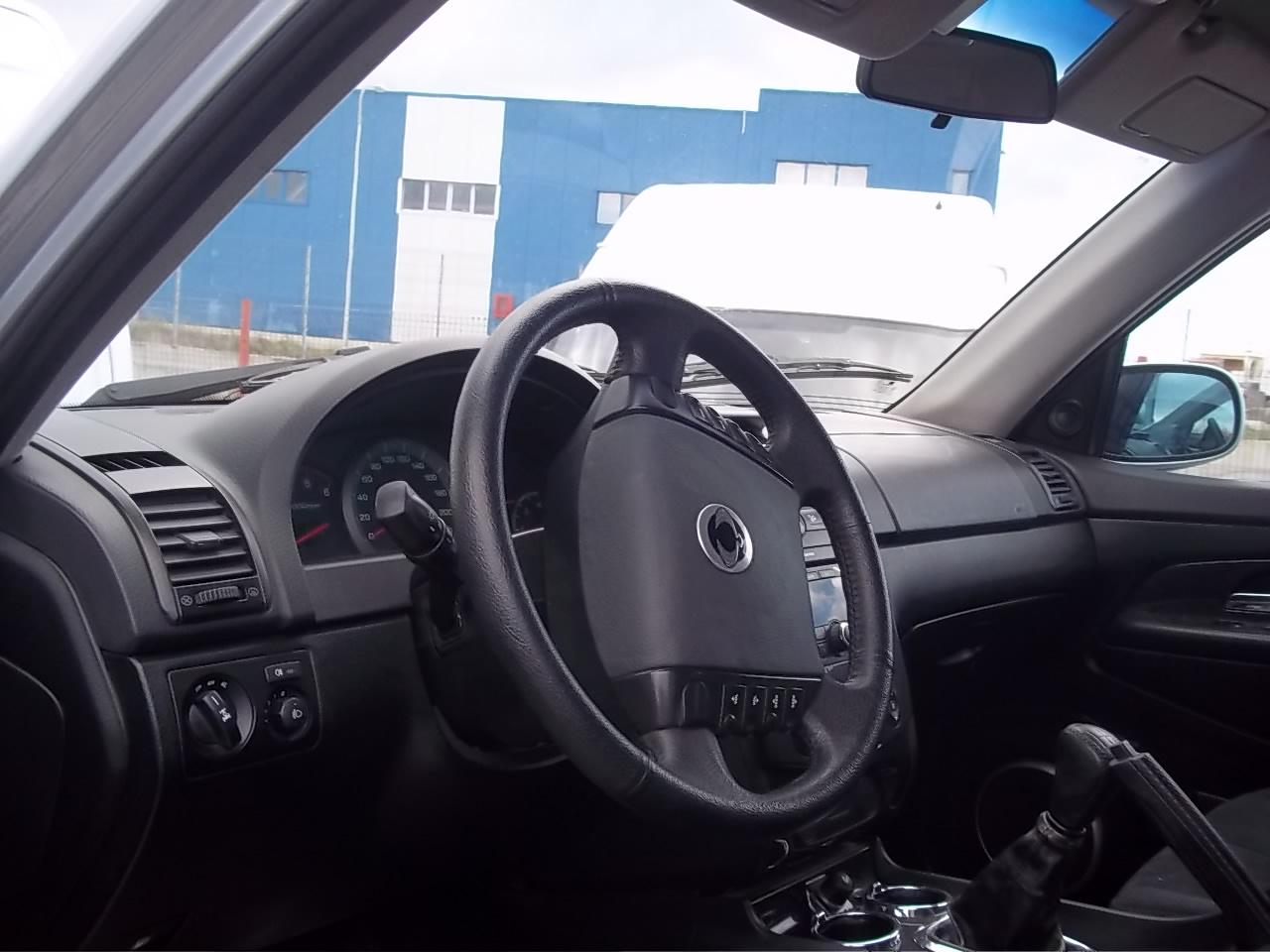 Dezmembrez Ssang-Yong Rexton 2003 Diesel SUV - 04 Ianuarie 2013 - Poza 2
