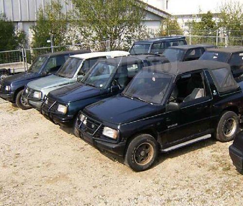 Dezmembrez Suzuki Vitara 1998 Benzina SUV - 15 Mai 2013 - Poza 1