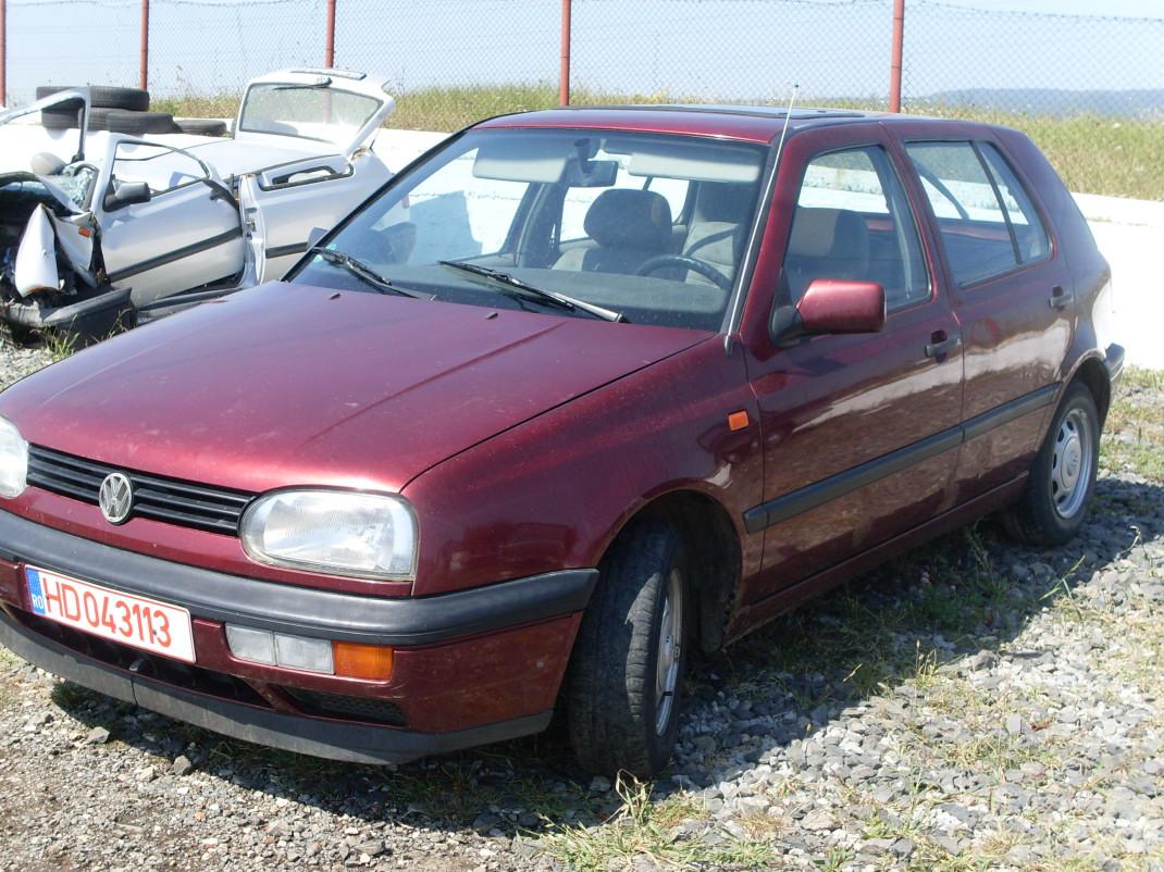dezmembrez volkswagen golf iii 1994 benzina hatchback 30 august 2011 8819. Black Bedroom Furniture Sets. Home Design Ideas