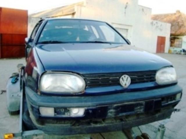 Dezmembrez Volkswagen Golf-III - Poza 2