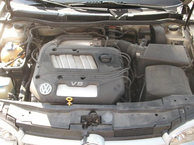 Dezmembrez Volkswagen Golf-IV - Poza 4