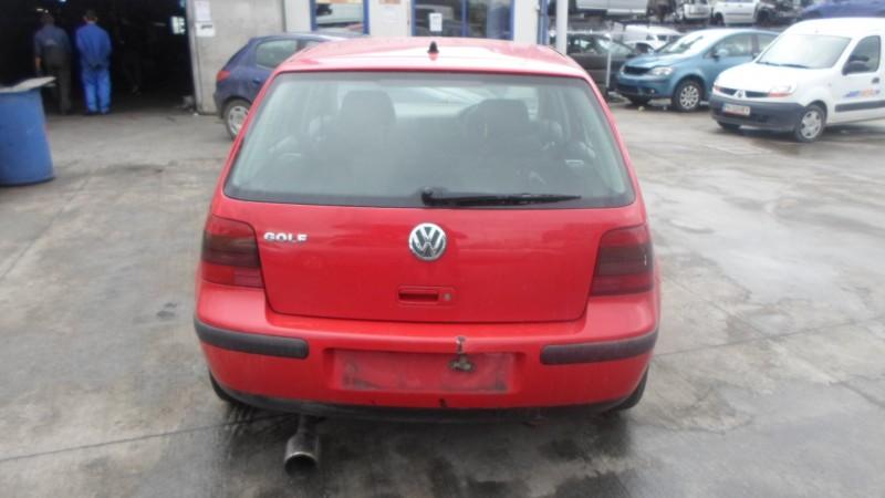 Dezmembrez Volkswagen Golf-IV - Poza 3