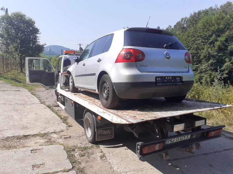 Dezmembrez Volkswagen Golf-V - Poza 4