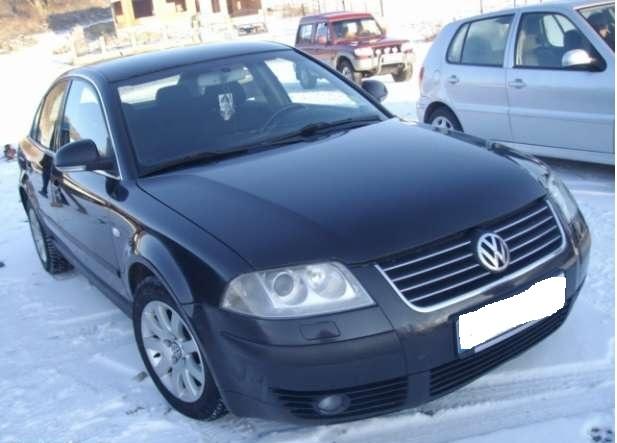 Dezmembrez Volkswagen Passat - Poza 1