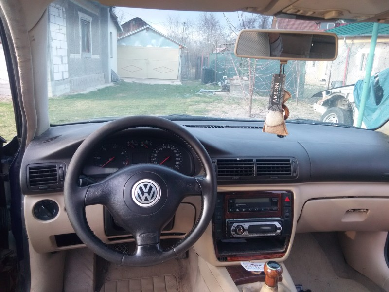 Dezmembrez Volkswagen Passat - Poza 4
