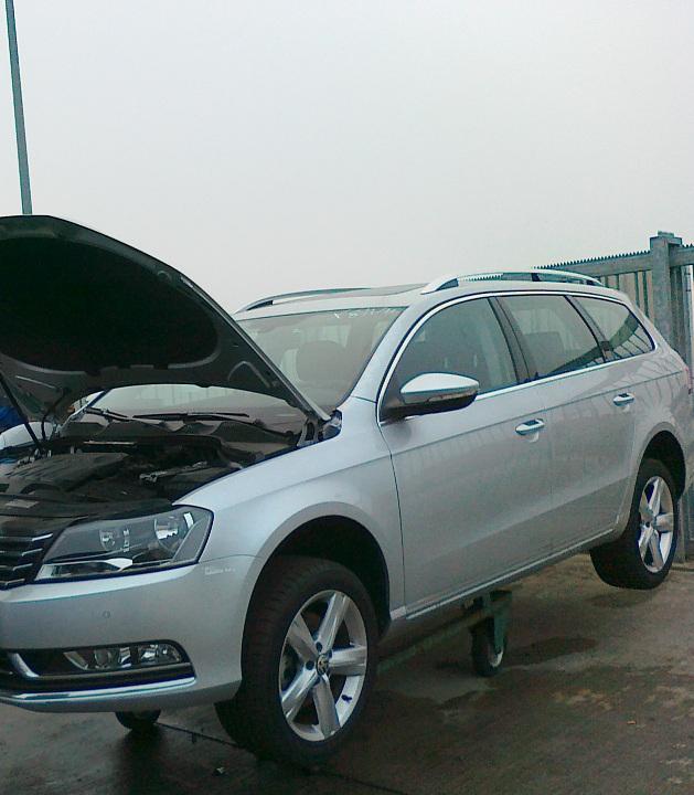 Dezmembrez Volkswagen Passat 2011 Diesel Combi - 10 Ianuarie 2012 - Poza 2