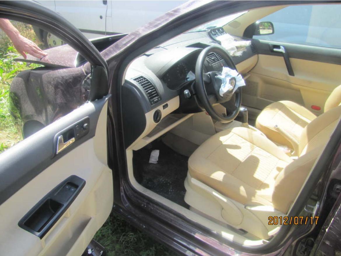 Dezmembrez Volkswagen Polo 2004 Benzina Hatchback - 27 August 2012 - Poza 1