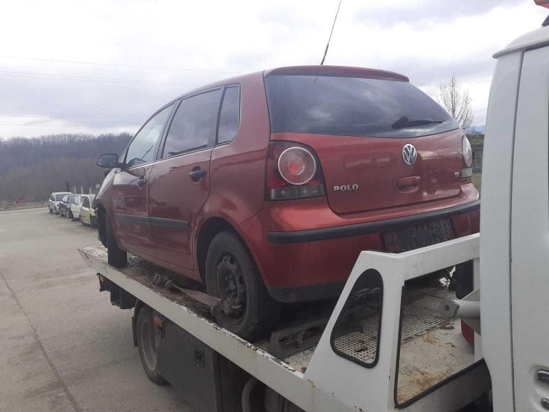 Dezmembrez Volkswagen Polo - Poza 4