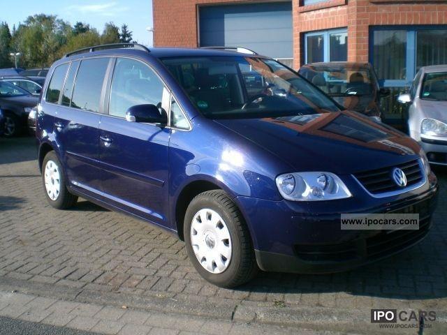 Dezmembrez Volkswagen Touran - Poza 1