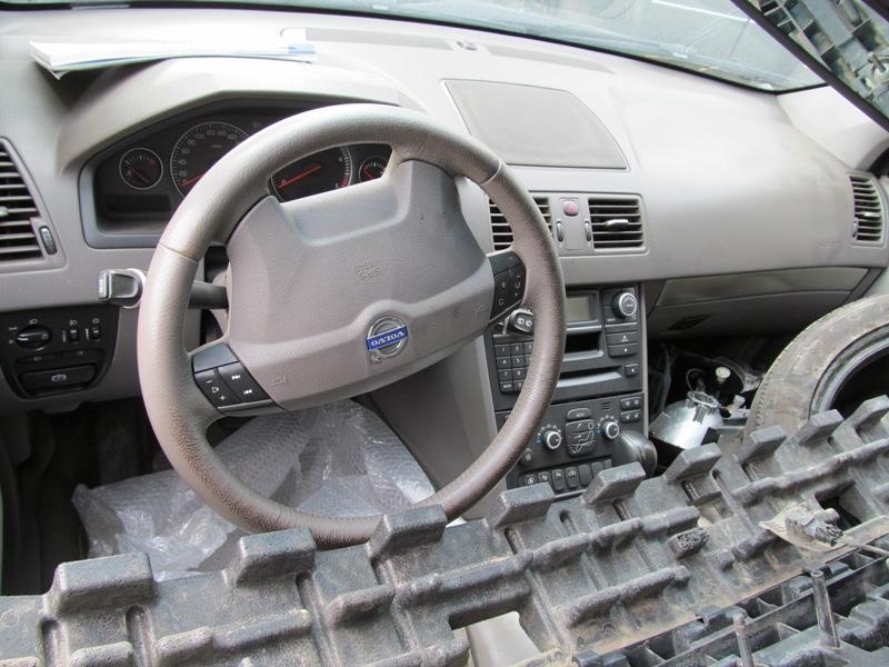 Dezmembrez Volvo XC90 2007 Diesel SUV - 10 Aprilie 2013 - Poza 3