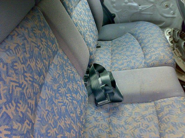 Fiat Brava avariat 2000 Benzina Hatchback - 28 Aprilie 2011 - Poza 1