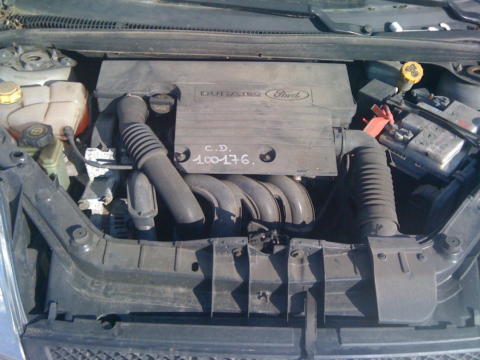 Ford Fiesta avariat 2003 Benzina Hatchback - 14 Februarie 2011 - Poza 1