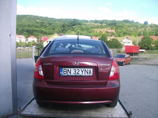 Hyundai Accent avariat 2007 Benzina Berlina - 11 Iulie 2011 - Poza 2
