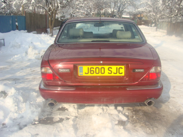 Jaguar XJ6 avariat 1998 Benzina Berlina - 27 Ianuarie 2011 - Poza 2