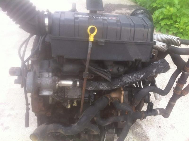 Motor cu anexe - Ford Transit din piese  dezmembrari auto - Poza 2