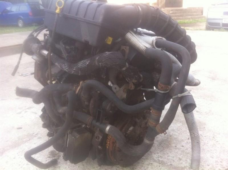 Motor cu anexe - Ford Transit din piese  dezmembrari auto - Poza 1