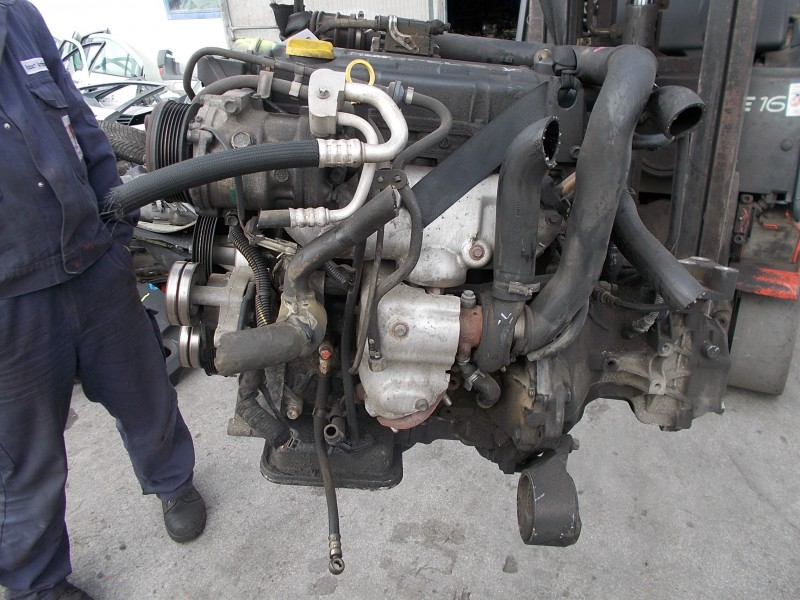 Motor cu anexe - Opel Astra-G din piese  dezmembrari auto - Poza 1