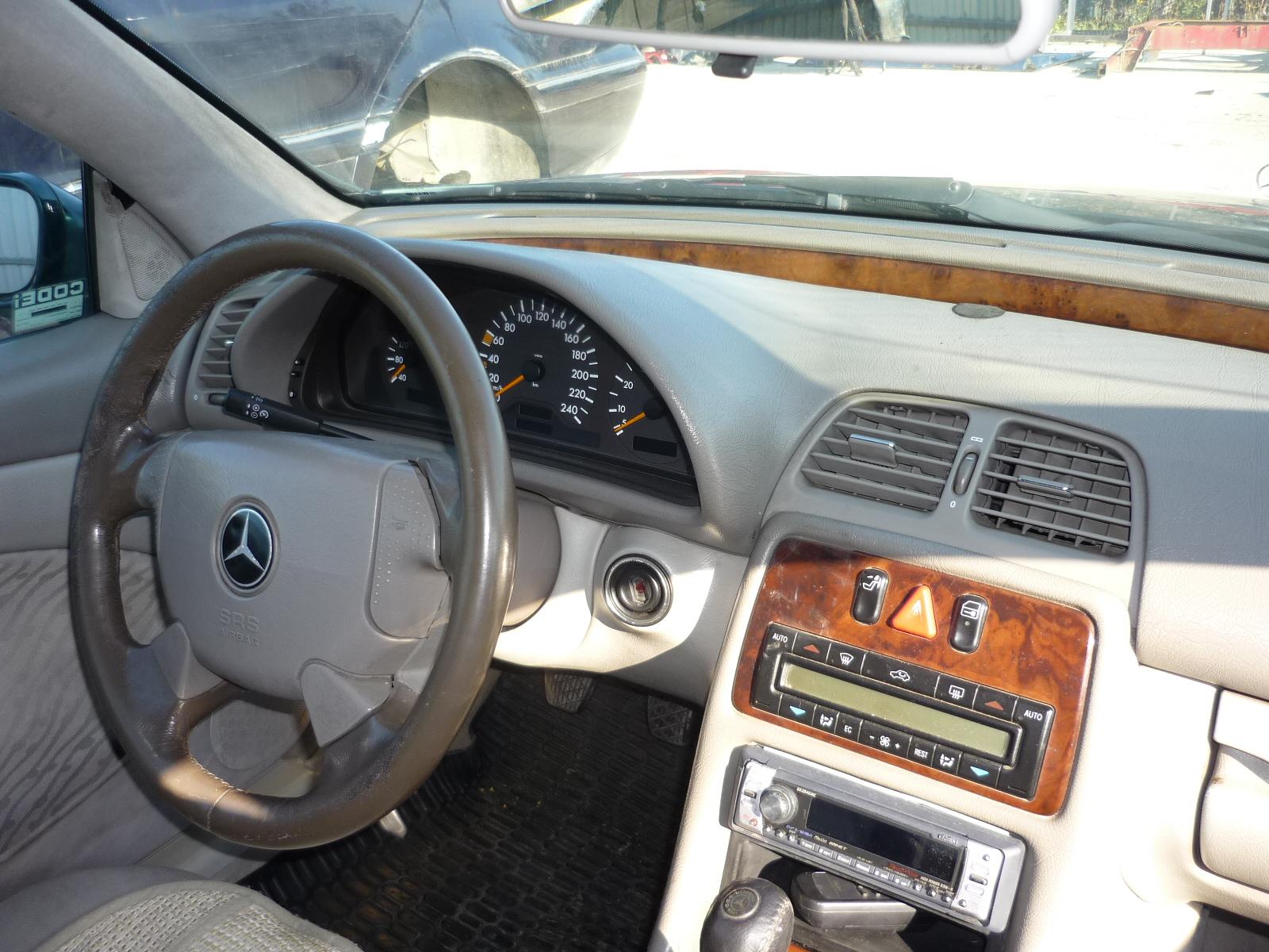 Motor cu anexe si alte piese din dezmembrari Mercedes CLK - 19 Octombrie 2011 - Poza 2